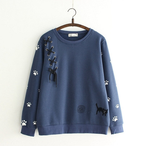 Naughty Cat Lace Decorated Pullover