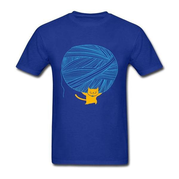 Cat Carrying Wool Ball Unisex T-Shirt