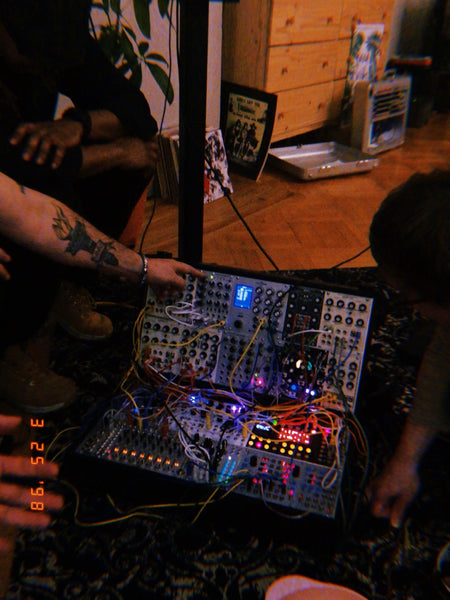 Patch & Tell: A Modular Synthesizer Meetup