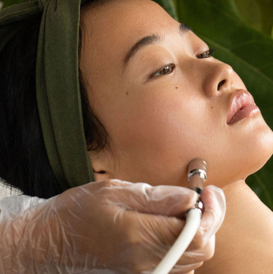 Clean injections.High-tech facials.   Done in 30 minutes.