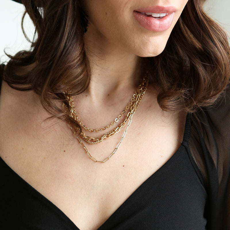 Poppy Gold Chain Necklace