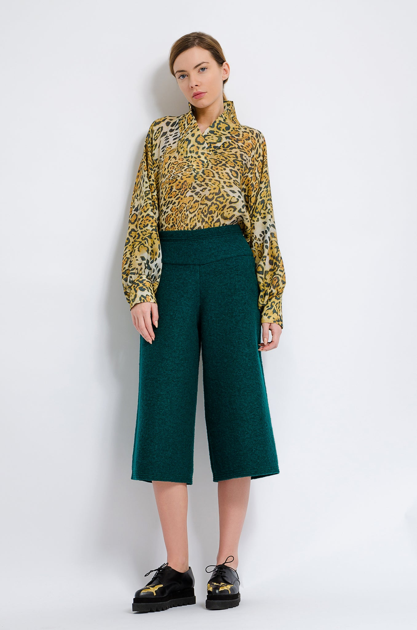 Mid Length Trousers