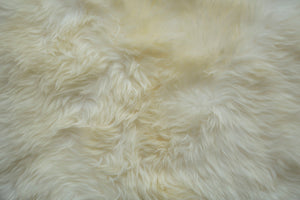 Natural Shape Sheepskin 2'x6'