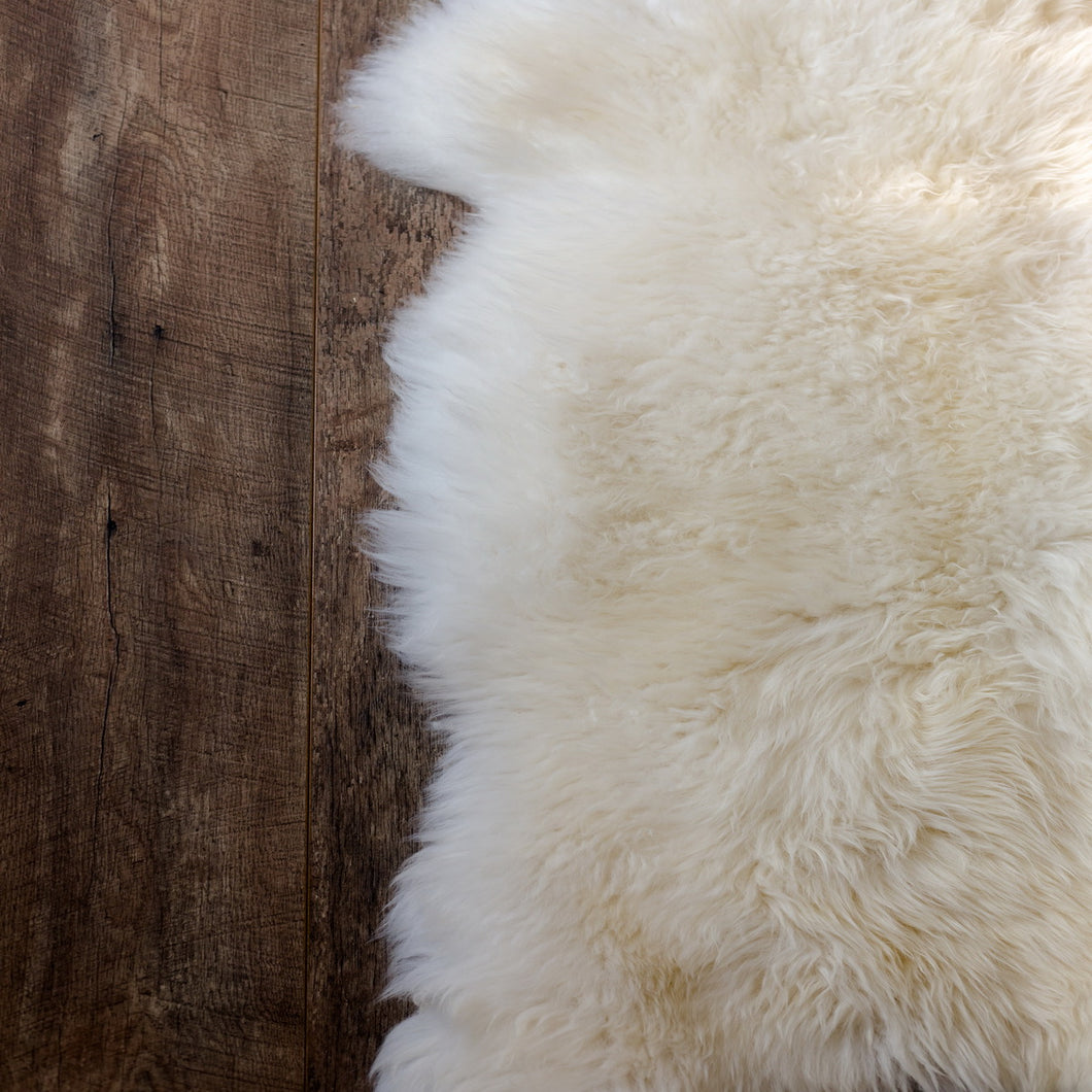 Natural Shape Sheepskin 4'x6'