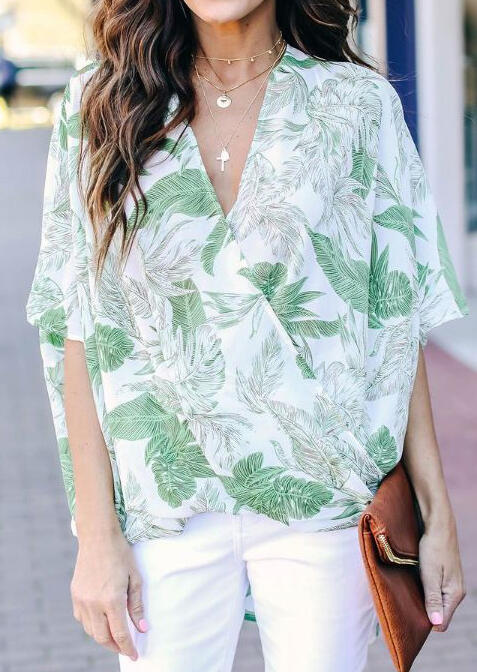 Leaf Deep V-Neck Blouse without Necklace - Light Green