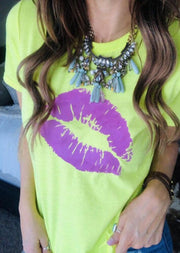 Lips O-Neck T-Shirt Tee without Necklace - Fluorescent Yellow