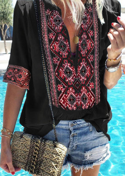 Aztec Geometric Printed V-Neck Blouse without Necklace - Black