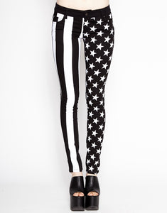 Skinny jeans stars and stripes in black and white Another Way of Life