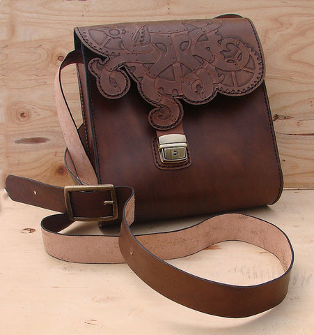 Messenger bag in cow leather with steampunk octopusAnother Way of Life