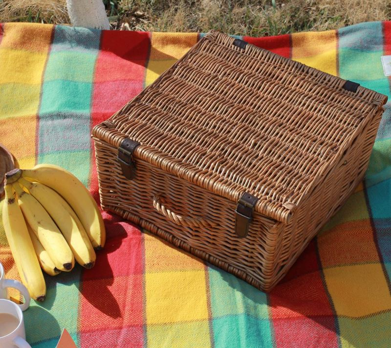 Classic Wicker Picnic Basket for 2 Person - Natural Willow Camping Picnic Set with Wine Cooler and Food Cooler - INNO STAGE
