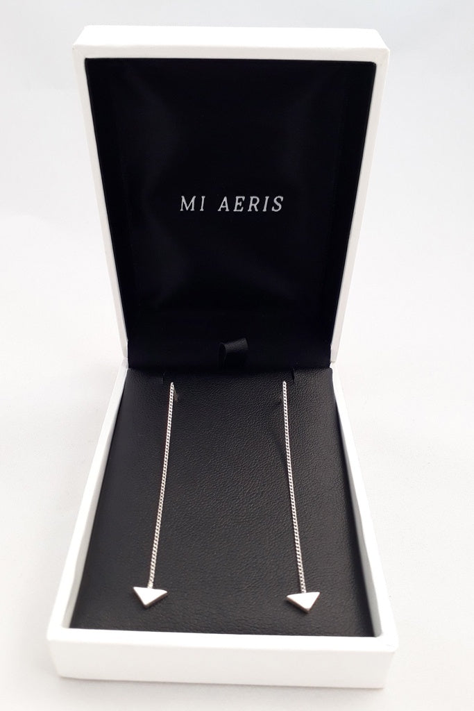 Mi Aeris Arrow Thread Earings
