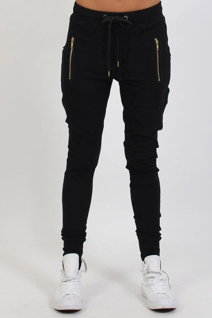 Federation Escape Trackies Black Gold