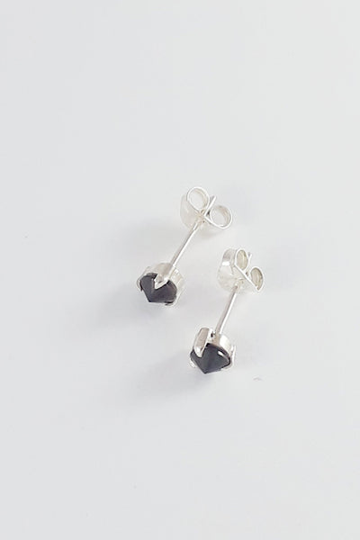 Mi Aeris Inverted Stud Earrings