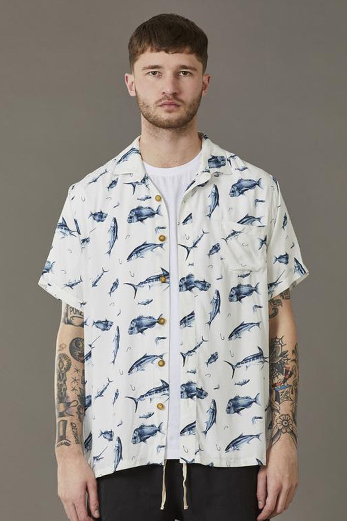 Just Another Fisherman Critters And Tackle S/S Shirt White