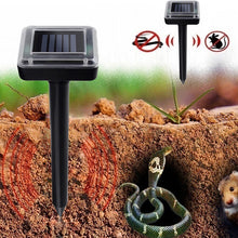 Load image into Gallery viewer, Solar Powered Ultrasonic Rodent Pest Control Garden Repeller