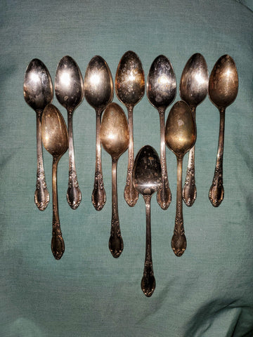 Teaspoon Enchantment-Londontown (Silverplate, 1952) by Oneida Silver - MiscellaneousByDawn