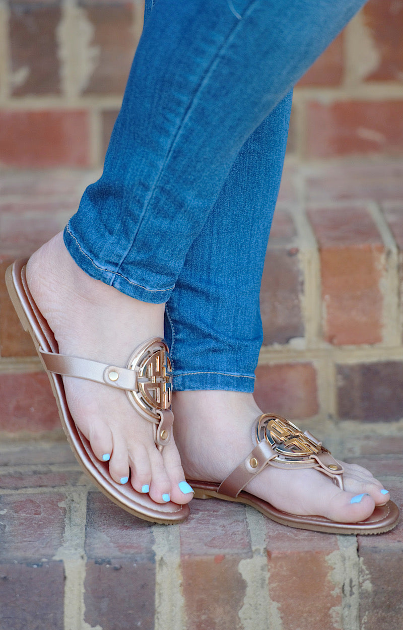 Load image into Gallery viewer, Minimal Effort Sandals - Rose Gold/Gold
