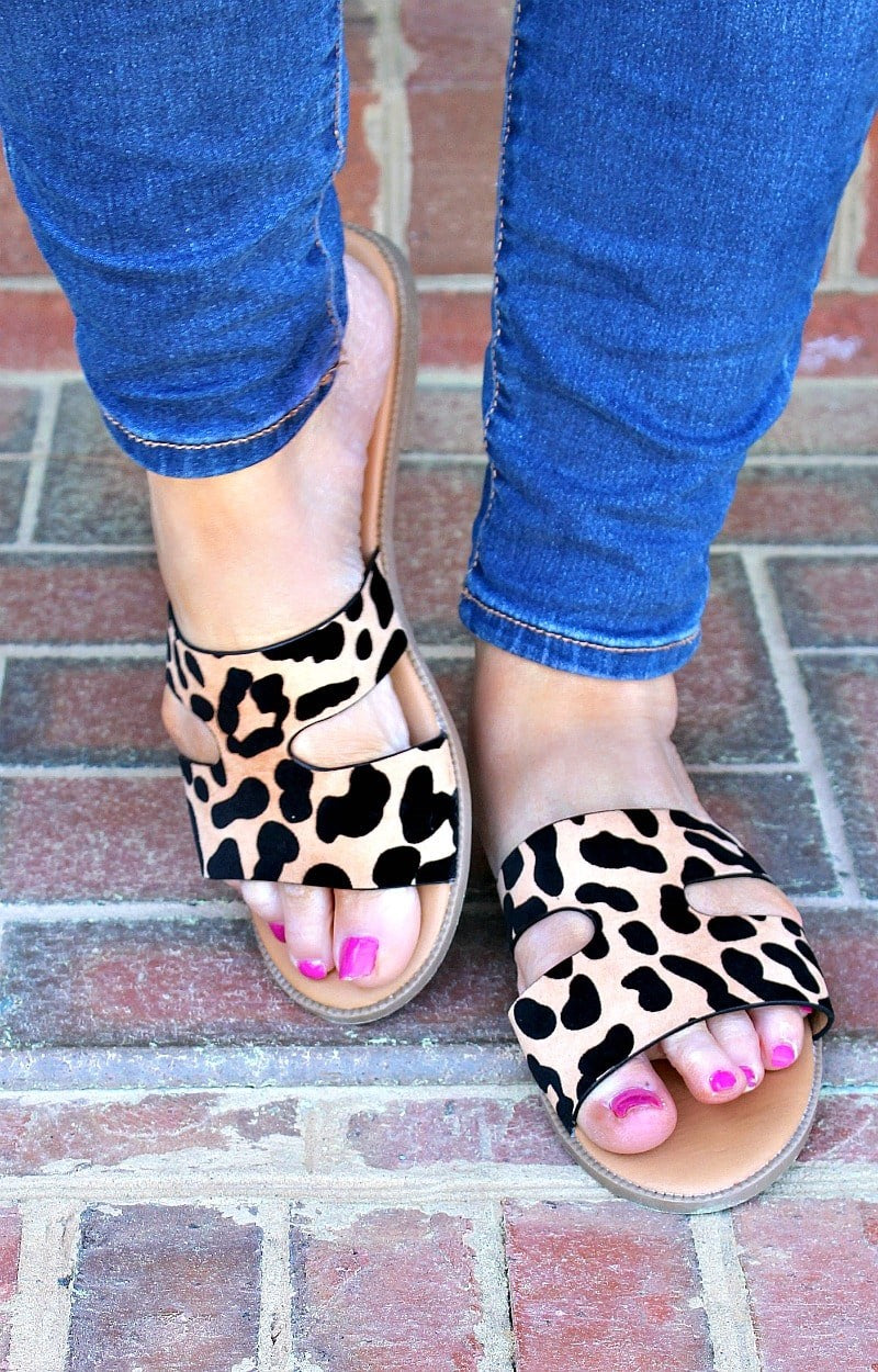 Load image into Gallery viewer, My Turn Leopard Print Sandals