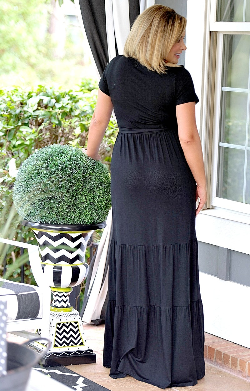 Load image into Gallery viewer, On My Way Maxi Dress - Black