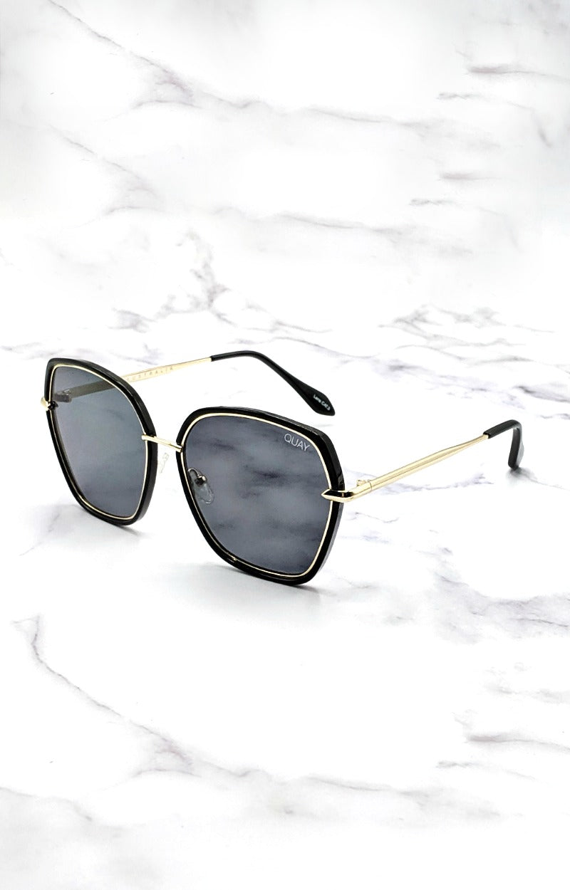 Load image into Gallery viewer, Quay Australia - Verve Black Sunglasses