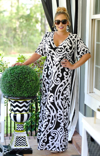 Kiss Me Goodbye Print Maxi Dress - Black