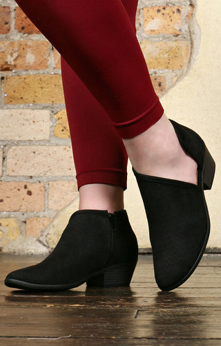 Walk The Floor Booties - Black