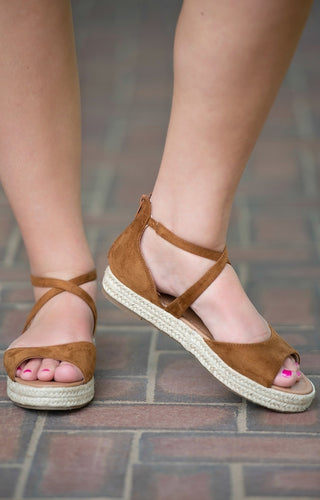 Walk In The Park Wedges - Tan