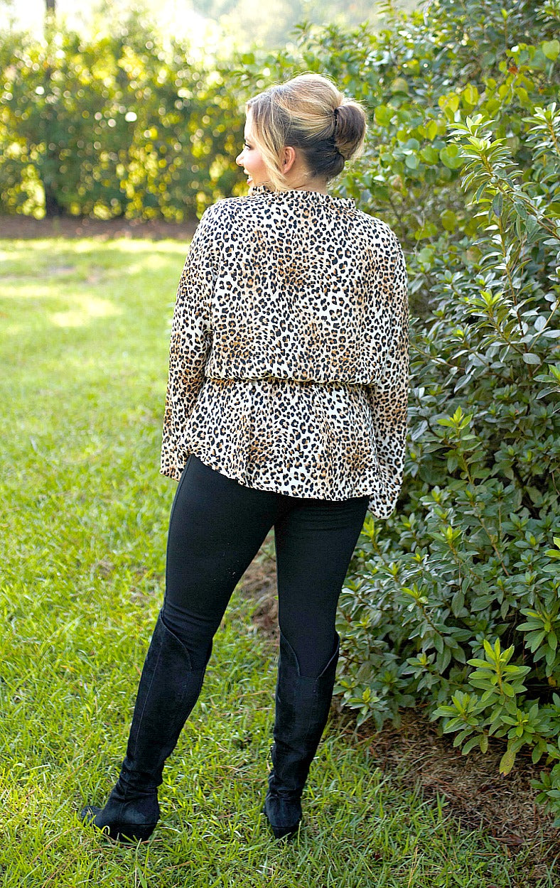 Load image into Gallery viewer, Catch A Glimpse Leopard Print Top