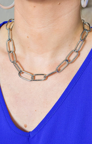 Not Chained Down Necklace - Silver