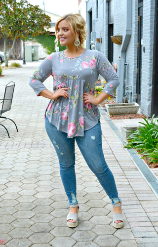 Look Here Floral Top - Gray