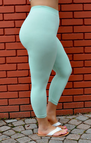 So Very Luxe Capri Leggings - Mint