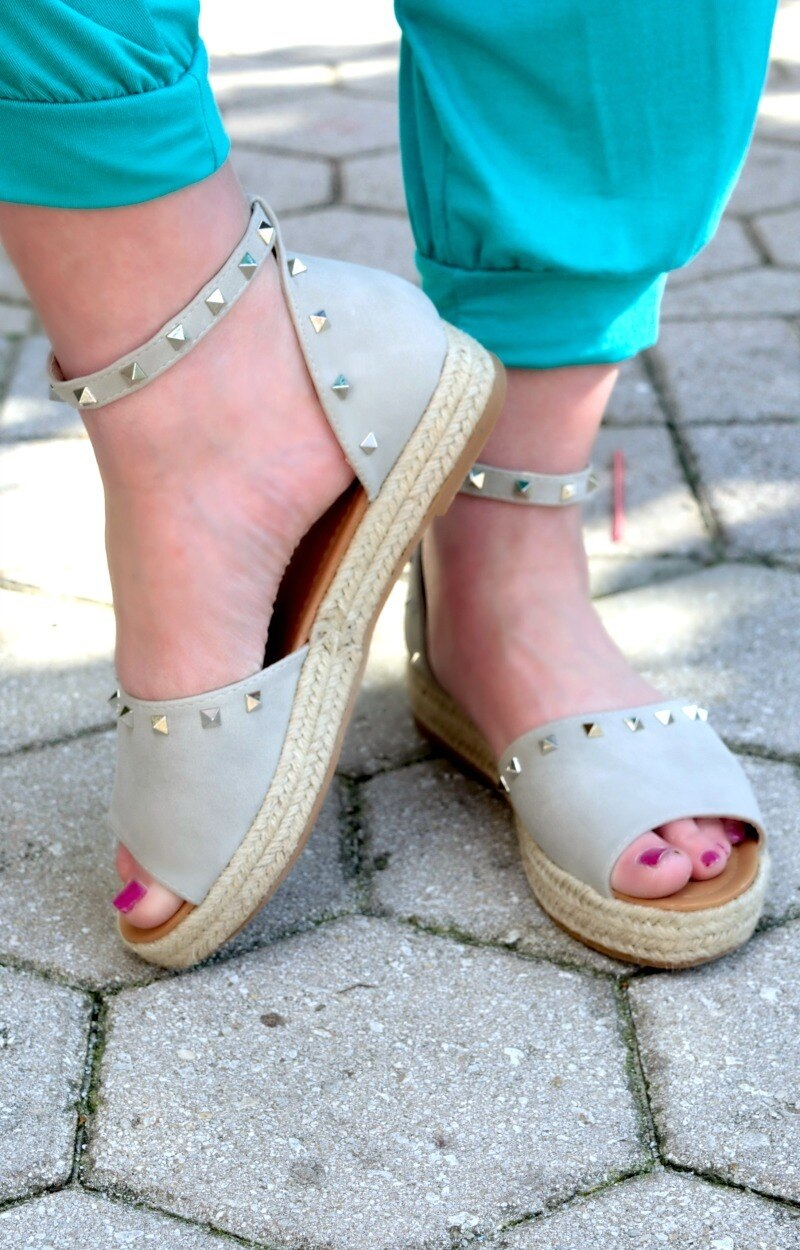 Load image into Gallery viewer, Give Me A Lift Studded Wedges - Smoked Gray