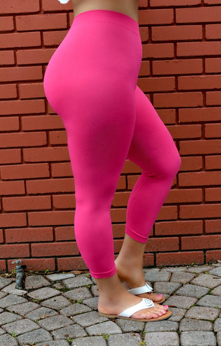 So Very Luxe Capri Leggings  -  Fuchsia