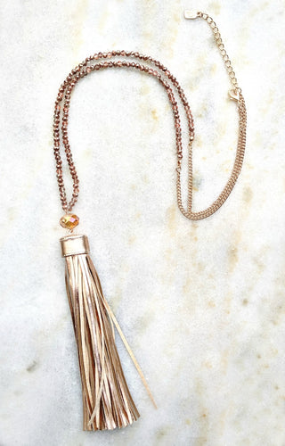 Here's The Catch Necklace - Rose Gold