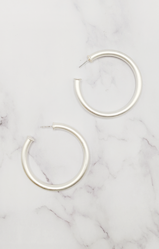 Easy Choice Hoop Earrings - Satin Silver