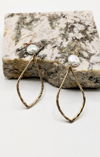 A Drop In The Bucket Earrings - Gold
