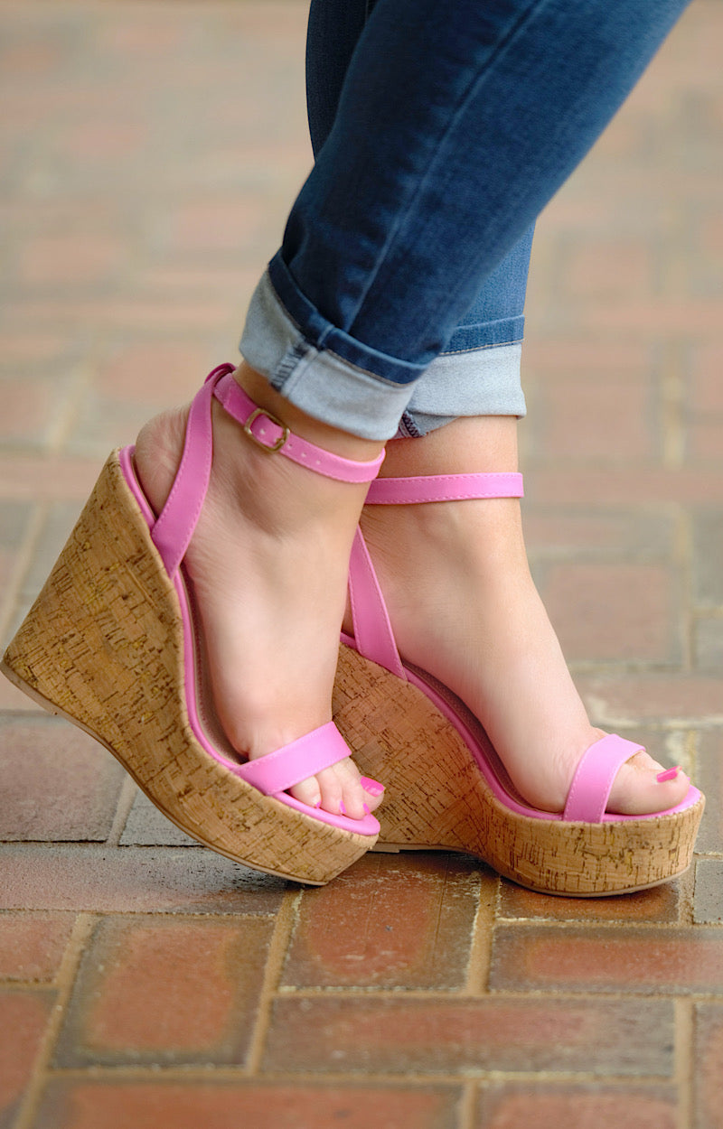 Raising The Bar Wedges - Pink