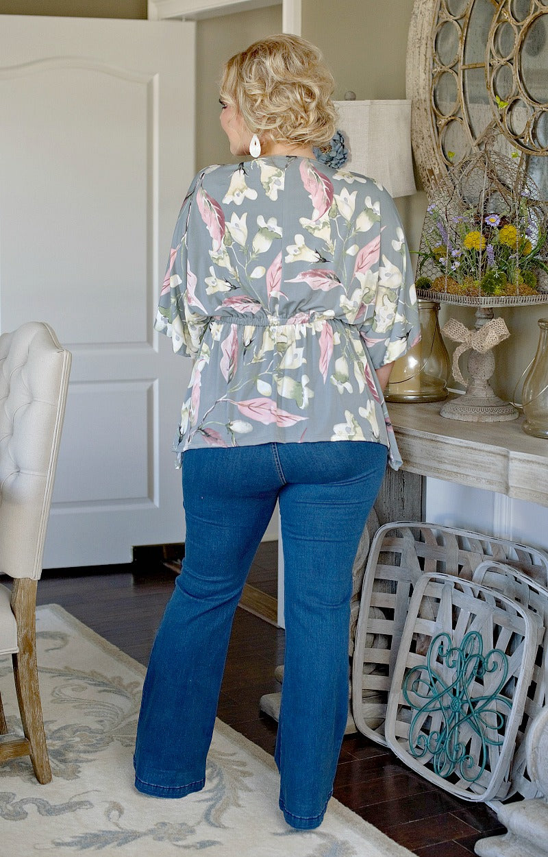 Load image into Gallery viewer, So Over It Floral Top - Gray