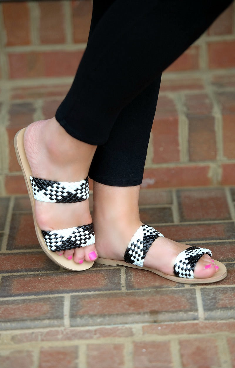 Too Cute To Care Sandals - Black/White