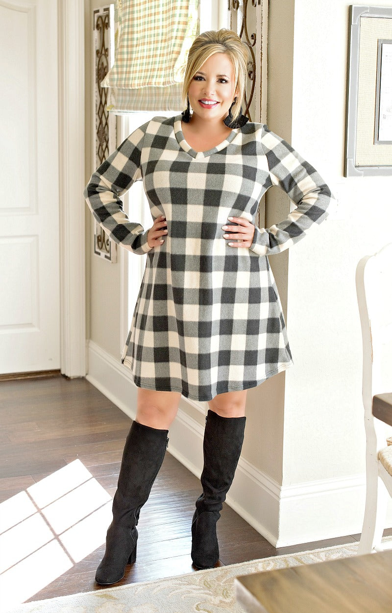 Load image into Gallery viewer, Glad I Met You Plaid Dress - Ivory/Black
