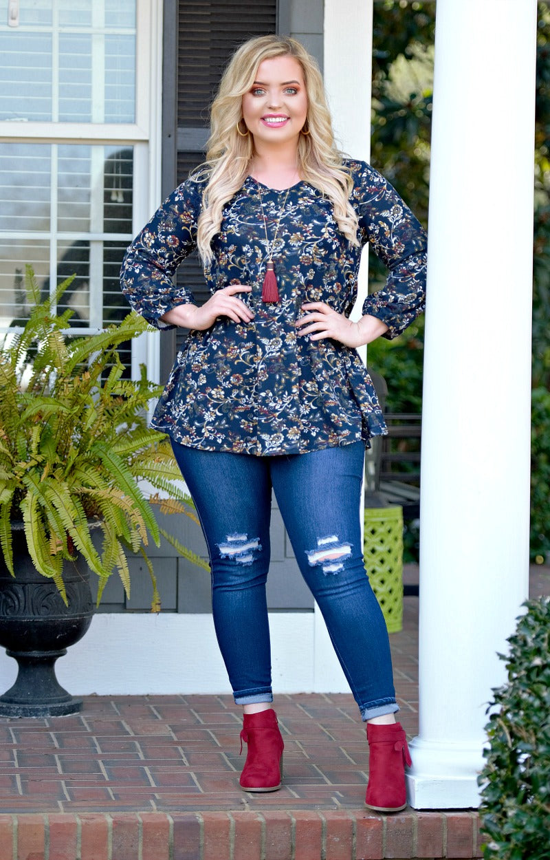 Distant Memory Floral Top - Navy