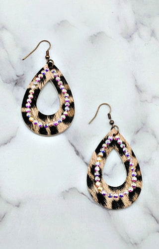 Breaking Ground Earrings - Pink/Black