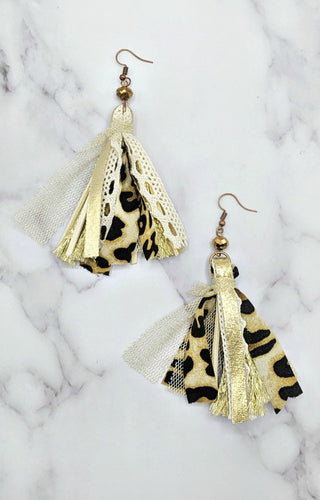 Move It Earrings - Gold