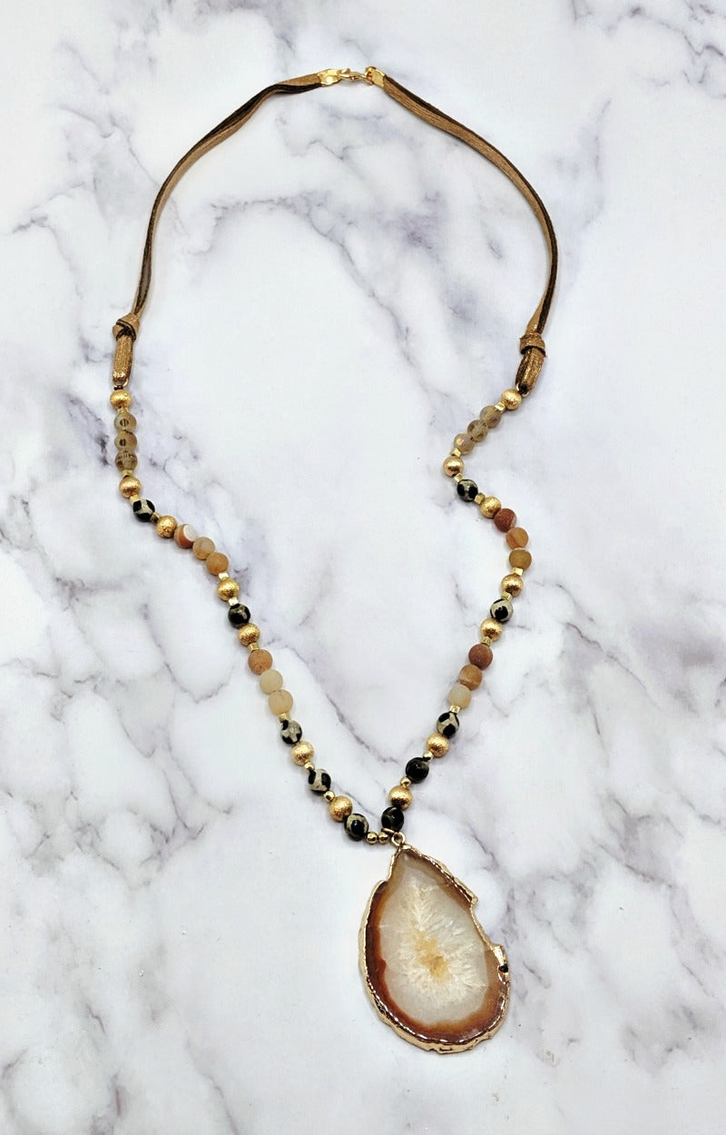 Load image into Gallery viewer, All The Right Details Necklace