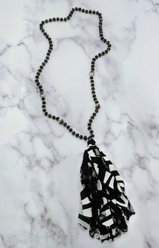 Between The Stripes Necklace - Black/White