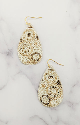 Make Me Stay Earrings - Ivory