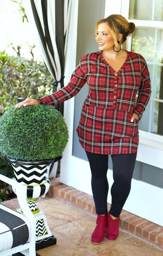 Turn To You Plaid Top - Red/Black