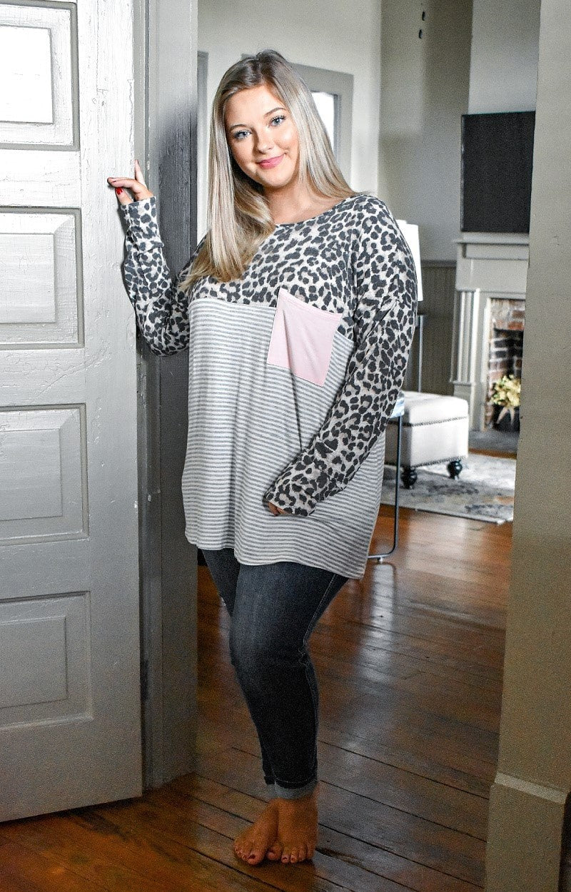 Load image into Gallery viewer, Don't Tempt Me Print Top - Leopard/Gray