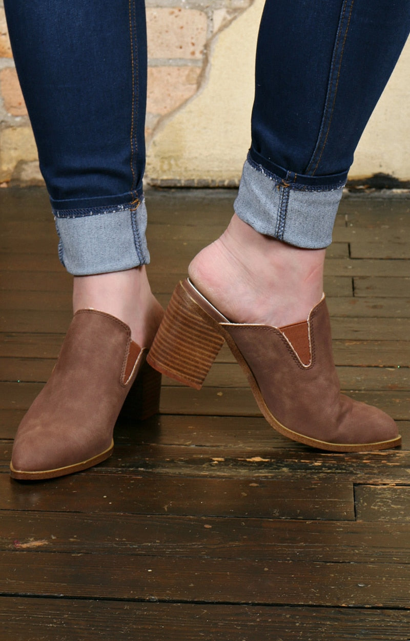 No Denying It Mules - Taupe