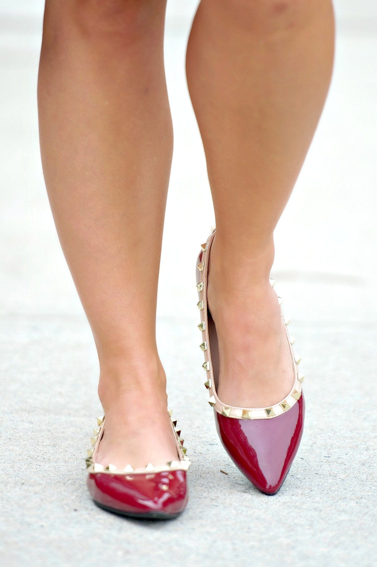 Load image into Gallery viewer, Very Unpredictable Studded Flats - Burgundy